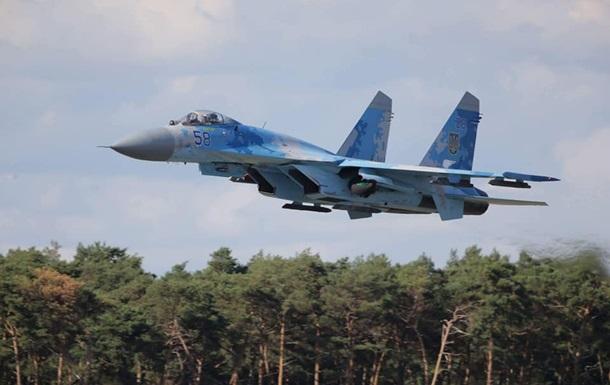 Українські льотчики виступили на авіашоу в Європі
