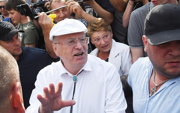 Побитий Жириновським чоловік виявився українцем - ЗМІ