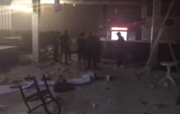 У Криму школярі лопатами розгромили нічний клуб