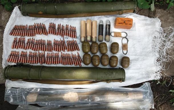 В Запорожье обнаружили склад оружия и боеприпасов
