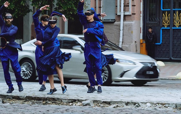 Lexus снял рекламу в Киеве с украинскими танцорами