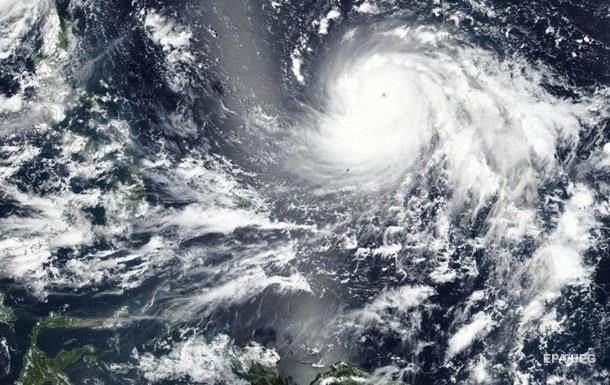 ВТихом океане сформировался убийственный циклон  Мангхут 5 категории