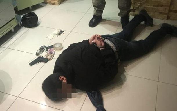 В Черкассах при попытке убийства задержали мужчину