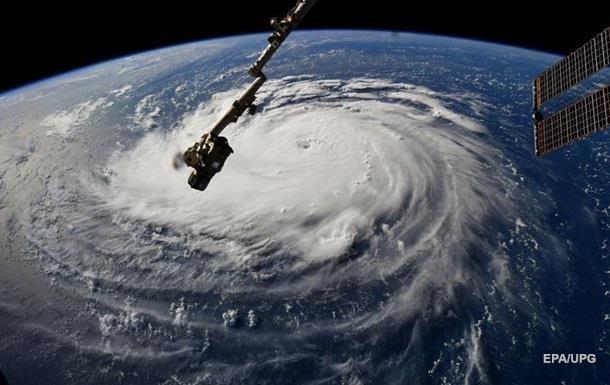 У США скасували 800 авіарейсів через ураган Флоренс