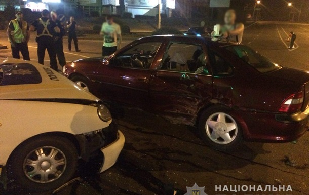 В Ровно полицейское авто попало в ДТП