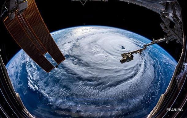 З явилися відео урагану Флоренс, що накрив США