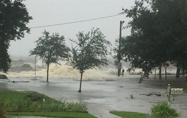 Ураган Флоренс в США: обесточены более 500 тыс. домов и предприятий