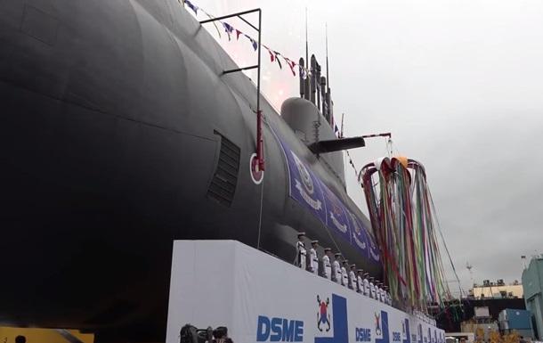 Daewoo спустила на воду первую корейскую подлодку