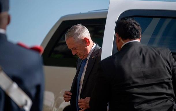 Трамп хоче звільнити главу Пентагону - ЗМІ