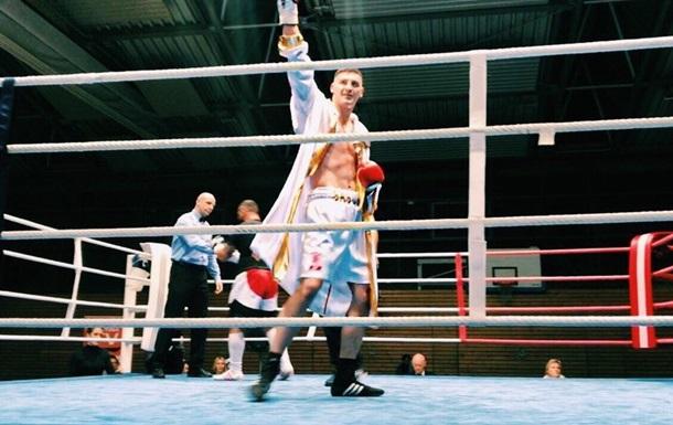 Непереможений українець Захожий нокаутував суперника в першому раунді