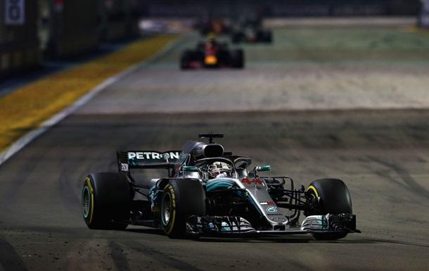 Хэмилтон стал победителем Гран-при Сингапура