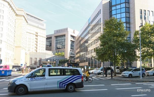 В центре Брюсселя неизвестные открыли огонь по прохожим