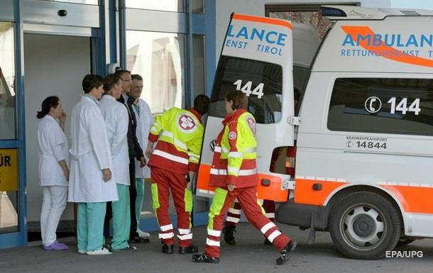 В Австрії потяг зіткнувся з автобусом: є жертви