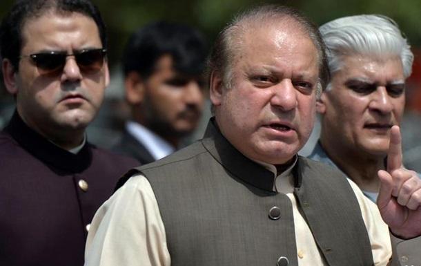 Суд у Пакистані випустив екс-прем єра Шаріфа з в язниці