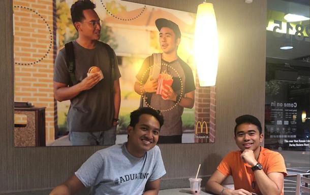 Друзья подделали рекламу McDonalds и разбогатели