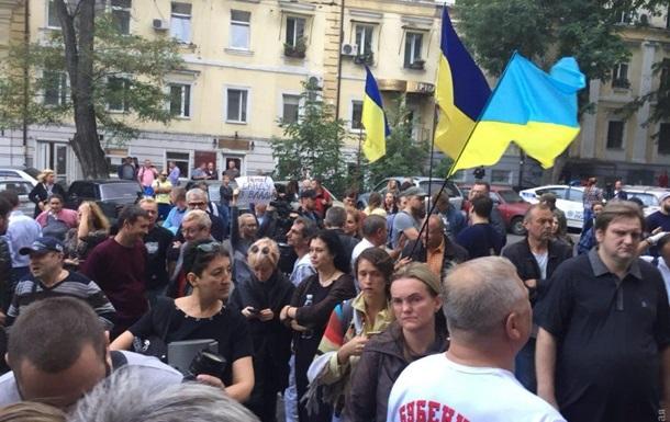 Порошенку доповіли ситуацію з активістами Одеси