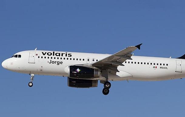 В Мексике из-за турбулентности пострадали около 30 пассажиров
