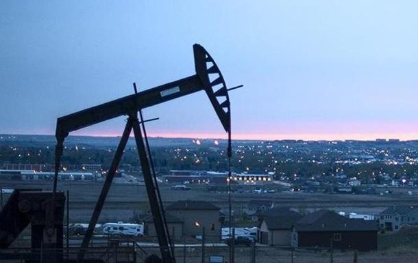 Нафта Brent торгується вище за 82 долари за барель