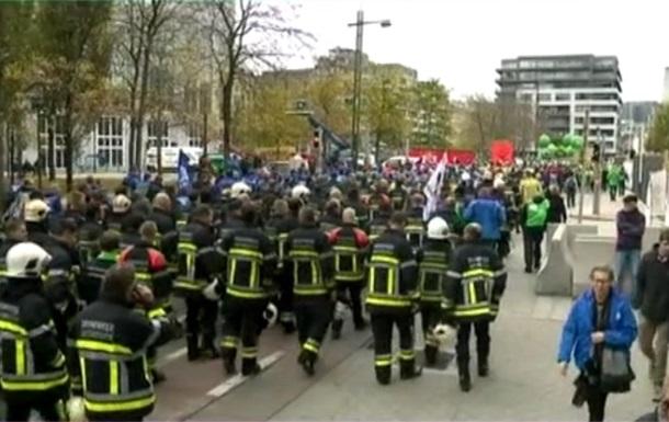 У Брюсселі тисячі членів профспілок вийшли на демонстрації