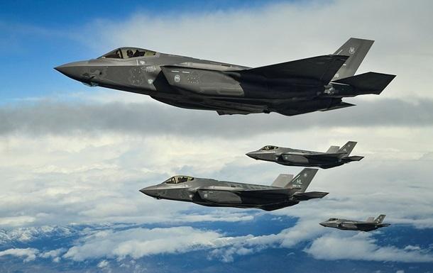 В США разбился истребитель ВВС