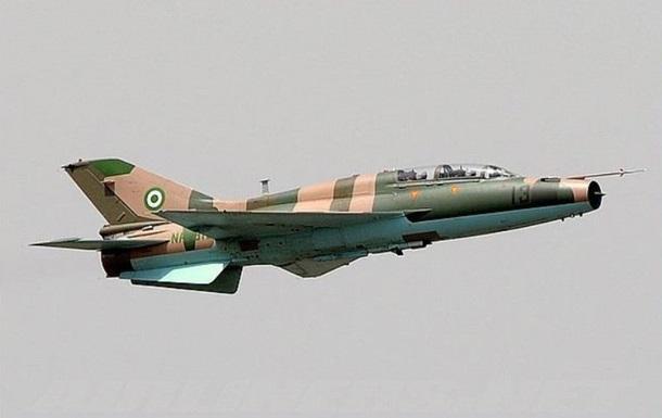 Два винищувачі зіткнулися в небі над Нігерією
