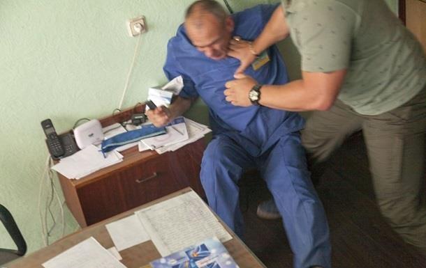 За рік 152 медпрацівники стали жертвами нападів