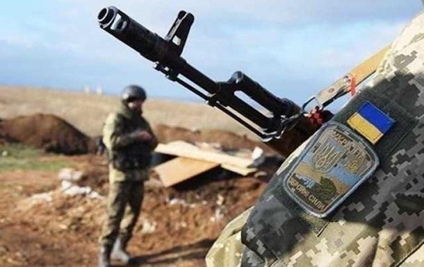 Доба на Донбасі: 28 обстрілів, поранений військовий