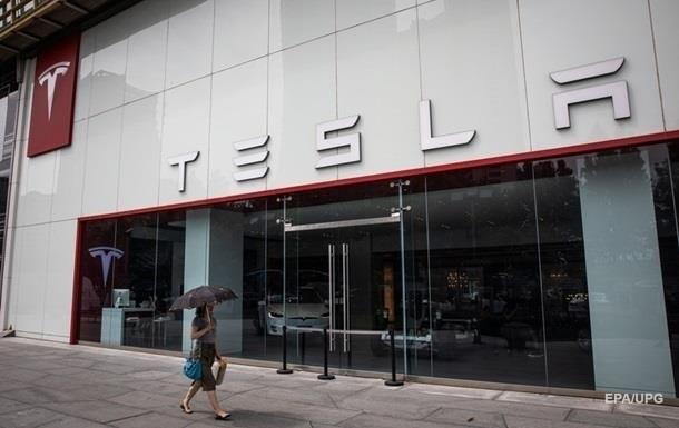 Акции Tesla подскочили на 18%