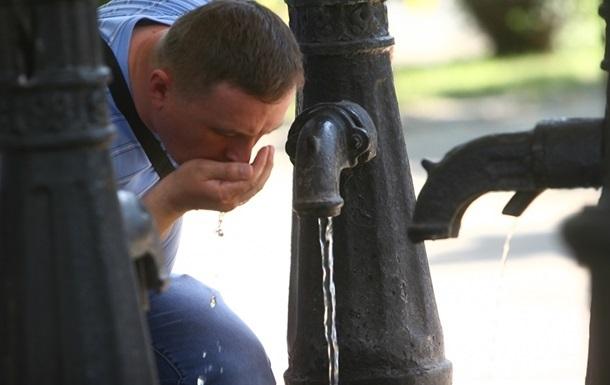 Вода в київських бюветах може бути небезпечна для здоров я - дослідження
