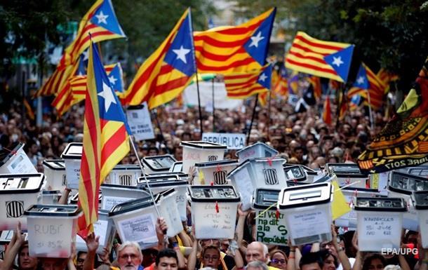 У Барселоні на мітинги вийшли 180 тисяч людей