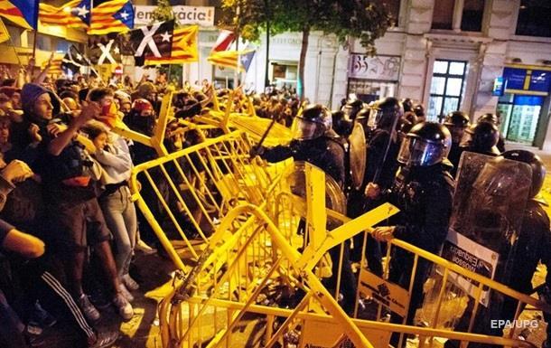 У Барселоні штурмували парламент Каталонії