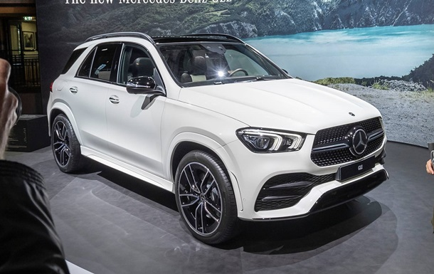 У Парижі представили оновлений Mercedes-Benz GLE