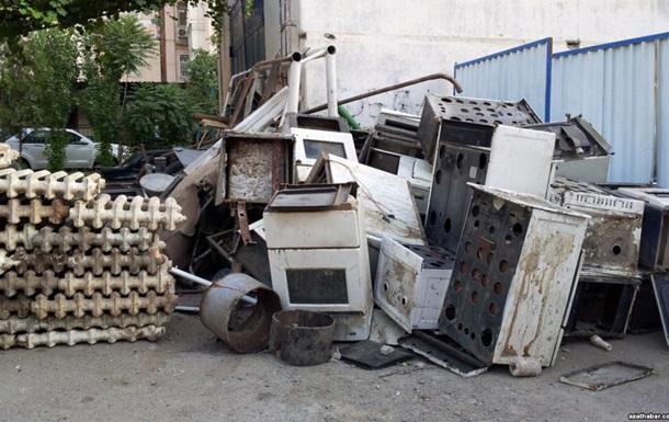 Туркменських вчителів зобов язують здавати по 200 кг металобрухту - ЗМІ