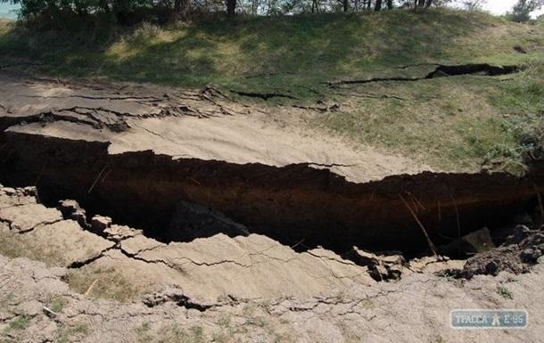 В Одеській області стався зсув