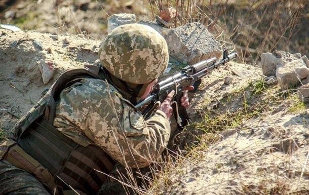 Сутки на Донбассе: один военный погиб, два ранены