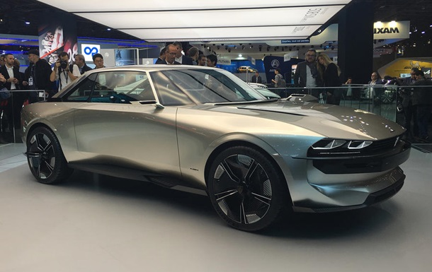 Peugeot показала концепт авто с  когтями льва
