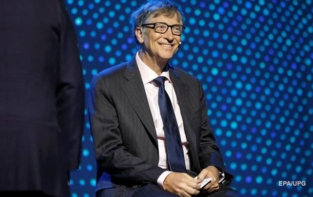 Билл Гейтс перестал быть самым богатым американцем