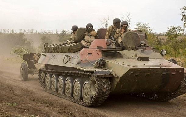 На Донбасі з початку доби поранені два бійці ЗСУ