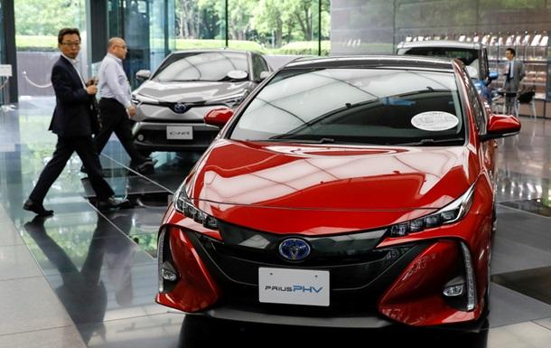 Тоёта отзывает около 2,5 млн гибридных авто