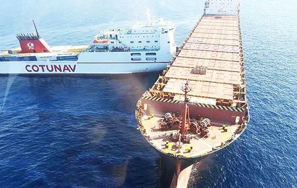 Два судна столкнулись у берегов Корсики