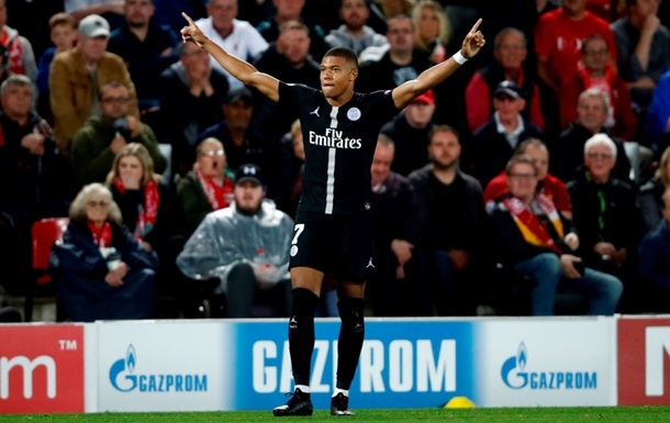 Мбаппе забил четыре гола Лиону за 13 минут