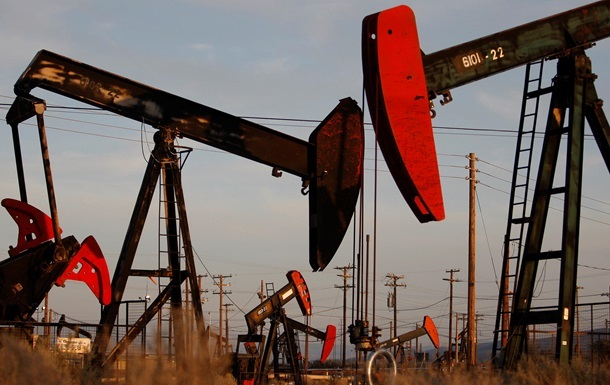 Україна знизила імпорт нафти на чверть
