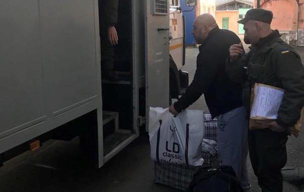 Крисіна етапують до виправної колонії в Донецькій області