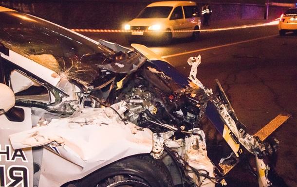 У Києві поліцейський автомобіль потрапив в аварію