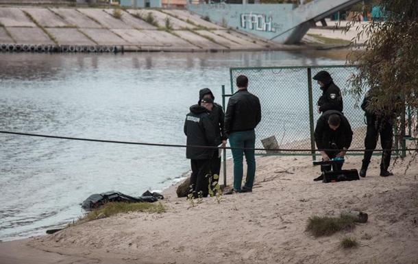 У Києві на березі Дніпра знайшли труп жінки