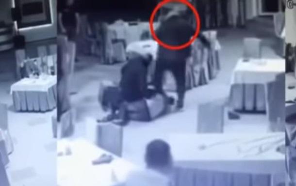У Вінницькій області побили двох поліцейських у ресторані