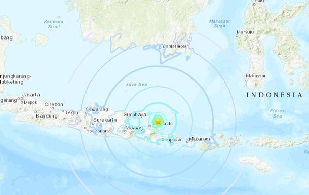 У острова Ява произошло землетрясение, есть жертвы