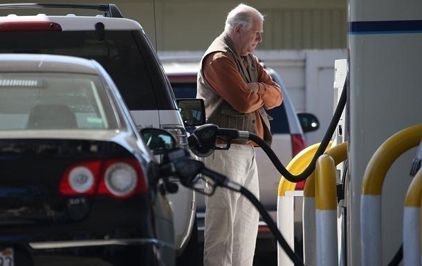 Цены на топливо застыли на фоне протестов водителей