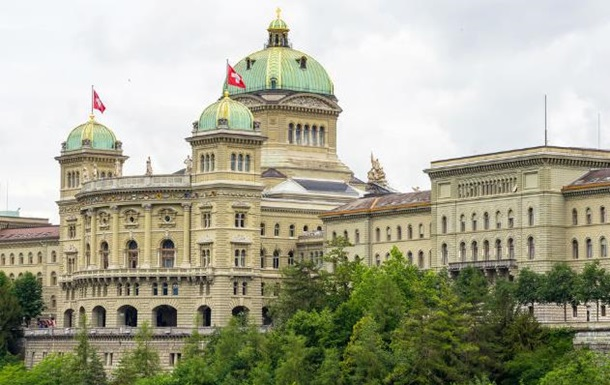 Вице-президент парламента Швейцарии пострадала из-за взрыва ноутбука
