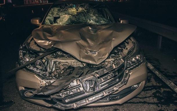 У Києві на Окружній легковик збив на смерть двох чоловіків